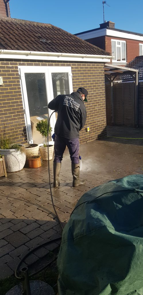 Patio and driveway cleaning in Hurstpierpoint